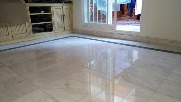 Suelo de marmol cool cmo limpiar el mrmol con productos - Limpiar marmol blanco exterior ...